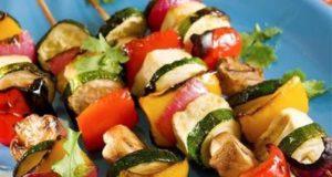шашлычок с овощами и грибами
